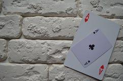 Espadas reales del flash del casino de las tarjetas que juegan póker casino fotos de archivo
