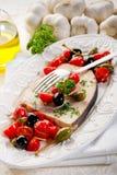 Espadons avec des câpres de tomates Photo stock