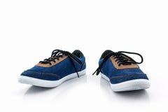 Espadrilles bleues Chaussure de toile Photos libres de droits
