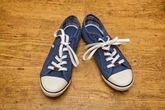 espadrilles bleues de toile Images stock
