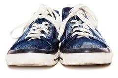 Espadrilles bleues sur le fond blanc Images libres de droits