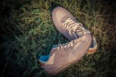 Espadrilles de Brown, les chaussures des hommes Photographie stock libre de droits
