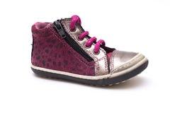 Espadrilles de couleur Chaussures d'enfants d'isolement sur le fond blanc Photos stock