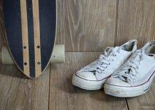 Espadrilles de mode de Skateboars Image libre de droits