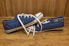 Espadrilles de toile bleues Photo libre de droits