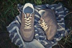 Espadrilles pour former, chaussures de sports Photos libres de droits