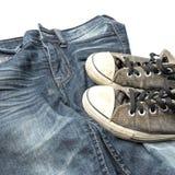 Espadrilles sur le pantalon de treillis Photos libres de droits
