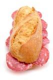 Espagnol bocadillo de salchichon, un sandwich avec le salami espagnol Photographie stock libre de droits