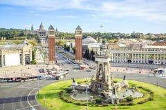 Espagnol et Fountains& x27 ; Places et MNAC, Barcelone, Espagne Photographie stock libre de droits