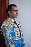 Espagnol Ivan Fandiño de toréador attendant la sortie dans l'allée de l'arène de Jaen Images stock