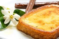 Espagnol traditionnel torrijas (pains grillés français) Le dessert de a prêté Images libres de droits