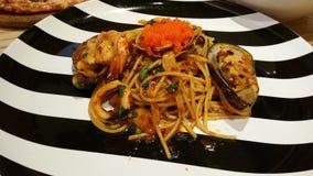 Espaguete com marisco picante Fotografia de Stock