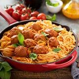 Espaguete com molho e meatballs de tomate foto de stock royalty free