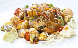 Espaguete do vegetariano no molho de tomates em Tailândia Fotos de Stock