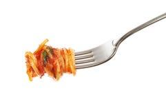 Espaguete fresco em uma forquilha foto de stock