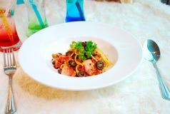 Espaguete picante tailandês com carne de porco Imagens de Stock