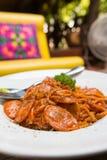Espaguetes bolonhês da salsicha Fotos de Stock Royalty Free