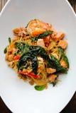 Espaguetes com camarão picante Imagem de Stock