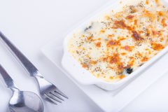 Espaguetes com queijo cozido Fotografia de Stock