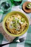 Espaguetes com quivi Foto de Stock
