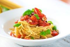 Espaguetes com tomates Foto de Stock