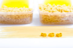 Espaguetes e macarrão fotografia de stock royalty free