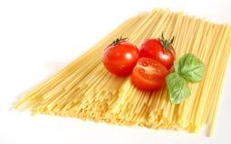 Espaguetes italianos fotografia de stock royalty free