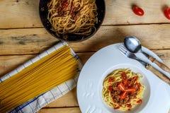 Espaguetes italianos Bolonhês fotos de stock royalty free