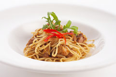 Espaguetes tailandeses da fusão do estilo Fotografia de Stock