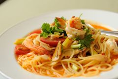 Espaguetes Tom Yum Kung Fotografia de Stock