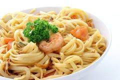 Espagueti con el alimento de mar fotos de archivo