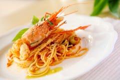 Espagueti con el camarón Foto de archivo libre de regalías