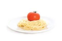 Espagueti con el tomate Imágenes de archivo libres de regalías