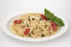 Espagueti con el tomate fresco Foto de archivo