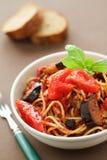 Espagueti con las berenjenas Foto de archivo