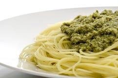 Espagueti con pesto Foto de archivo
