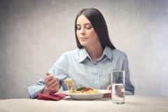 Espagueti para el almuerzo Foto de archivo