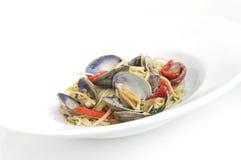 Espagueti picante con el shell fotografía de archivo libre de regalías