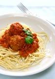 Espagueti y albóndigas Imágenes de archivo libres de regalías
