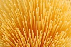 Espaguetis crudos imagen de archivo