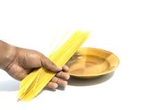 Espaguetis a disposición Fotografía de archivo libre de regalías