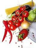 Espaguetis italianos sanos con los tomates imagen de archivo