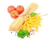 Espaguetis y especias Foto de archivo