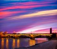 Espanha de Triana Sevilha da ponte de Puente Isabel II Imagens de Stock Royalty Free