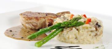 Espargos verdes, arroz, carne Foto de Stock Royalty Free