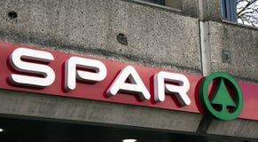 Espato das letras em uma fachada em Amsterdão fotos de stock royalty free