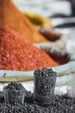 Especiarias da Índia no mercado local em Deli Imagem de Stock Royalty Free