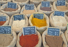 Especiarias em um mercado Foto de Stock Royalty Free