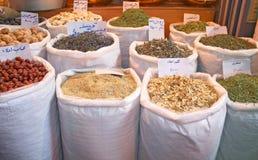 Especiarias exóticas no bazar tradicional Imagens de Stock