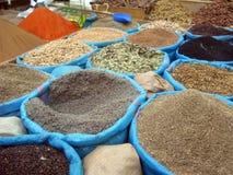 Especiarias marroquinas no volume Fotografia de Stock